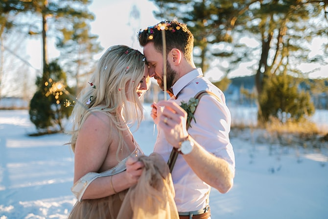 Couple with sparklers | Modern Winter Wedding Style | Linda-Pauline Photography