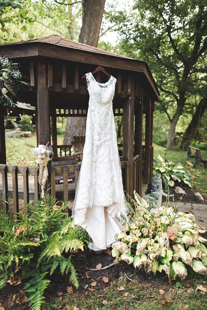 Full-length bridal dress | Rustic Dreaming in Pembroke | Jasmine White Photography