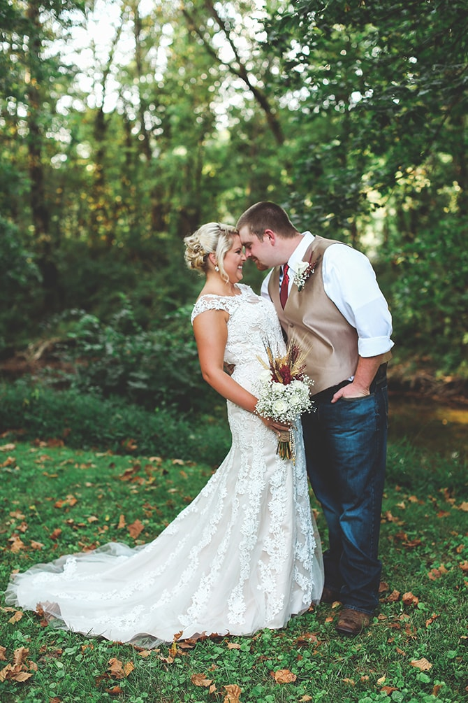 Couple in love | Rustic Dreaming in Pembroke | Jasmine White Photography