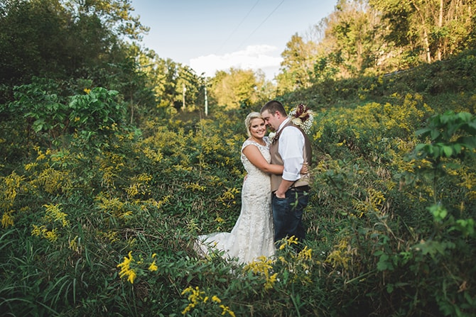 Wedding in countryside | Rustic Dreaming in Pembroke | Jasmine White Photography