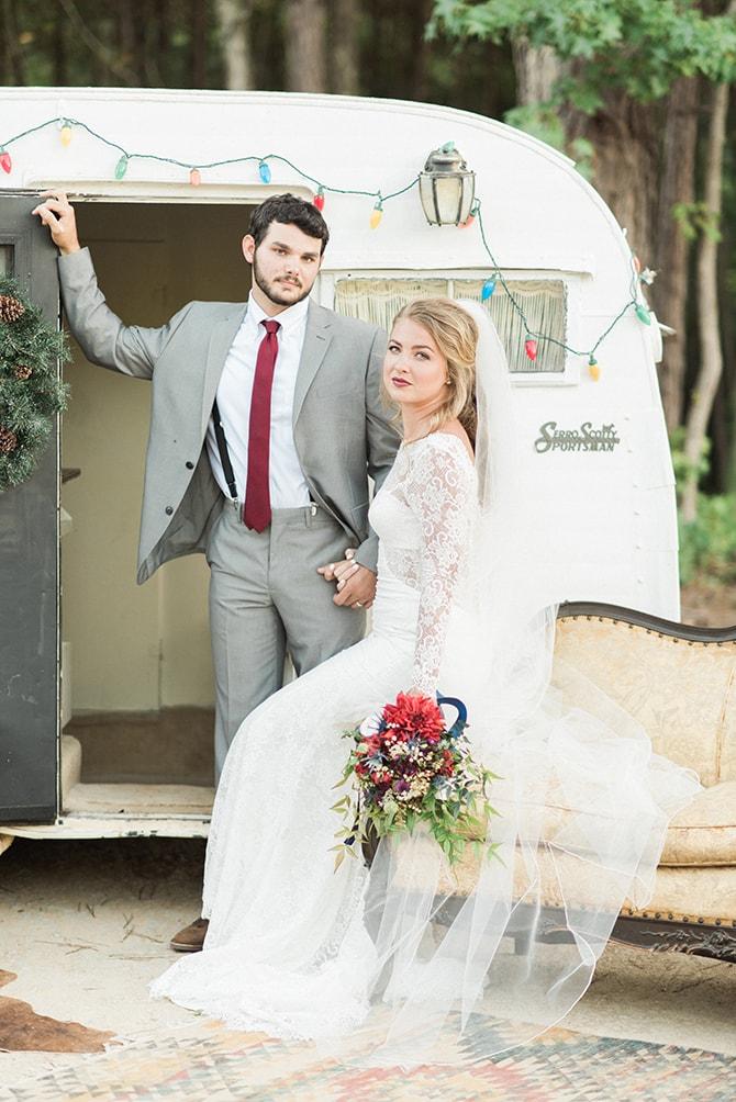 Winter boho bride and groom | A Very Boho Christmas | Kayla Duffey Photography