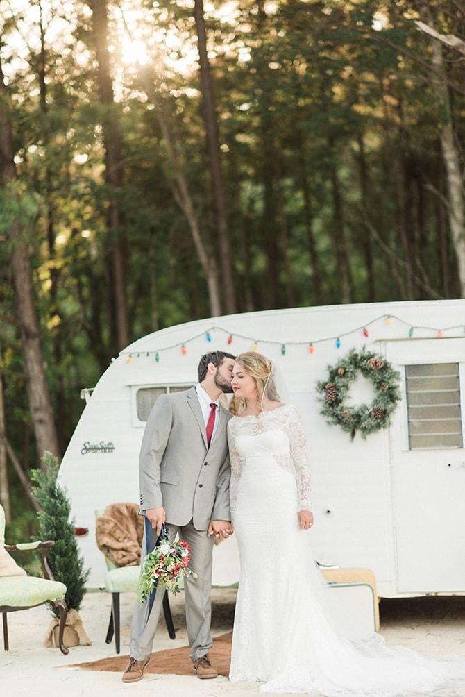 Bride and groom | A Very Boho Christmas | Kayla Duffey Photography