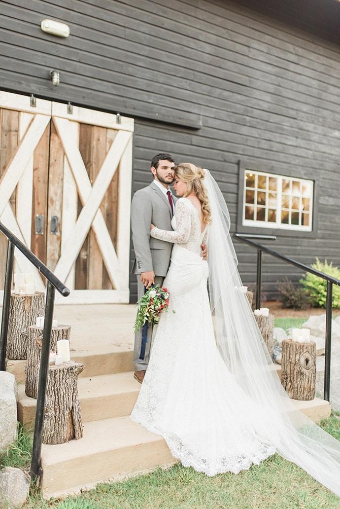 Bride and groom at winter wedding | A Very Boho Christmas | Kayla Duffey Photography