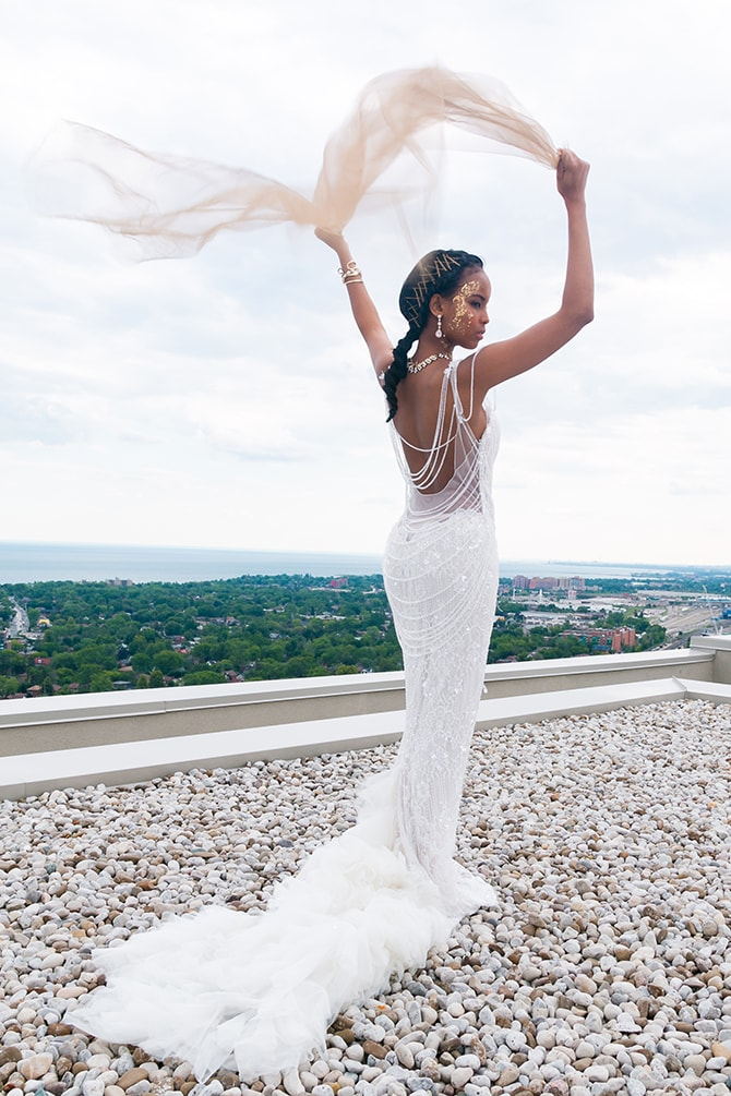 Beautiful bride on rooftop | The Avant-garde Bride | Motion D Photography