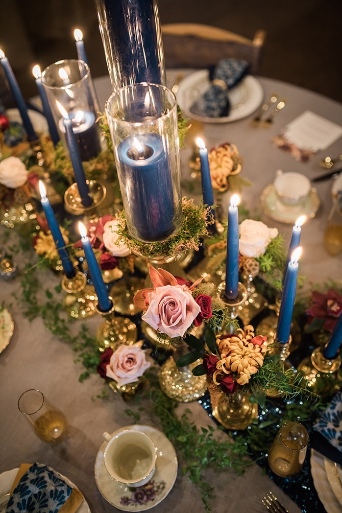 Blue candles on table | Trendy Garden Wedding Inspiration | Inspired Eye Photography