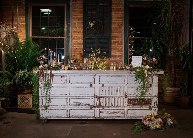 Wedding cocktail stand | Trendy Garden Wedding Inspiration | Inspired Eye Photography
