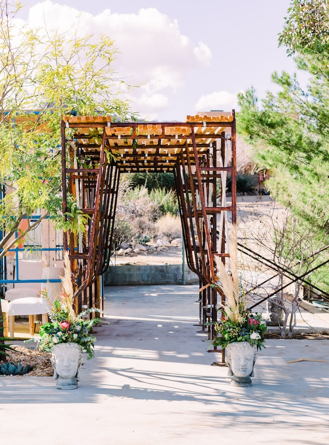 Modern wooden wedding walkway