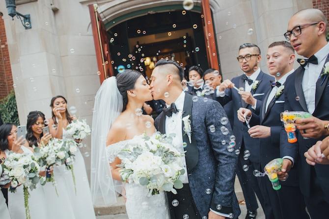Wedding bubbles | Fabulous Floral Wedding at The Park Savoy Estate