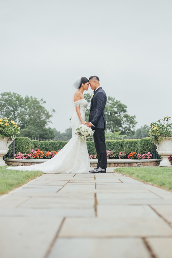 Couple in love | Fabulous Floral Wedding at The Park Savoy Estate