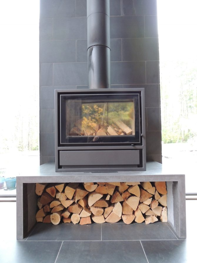 Grey Rectangle Log Fire at Lakes by Yoo The Barnhouse Fireplace
