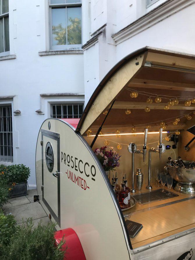 Prosecco Unlimited - Converted Trailer into a Prosecco Bar