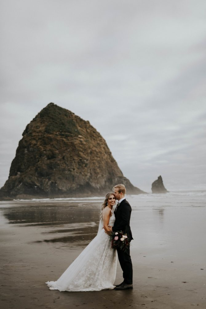 Beach elopement | Real Wedding Janay and Jono