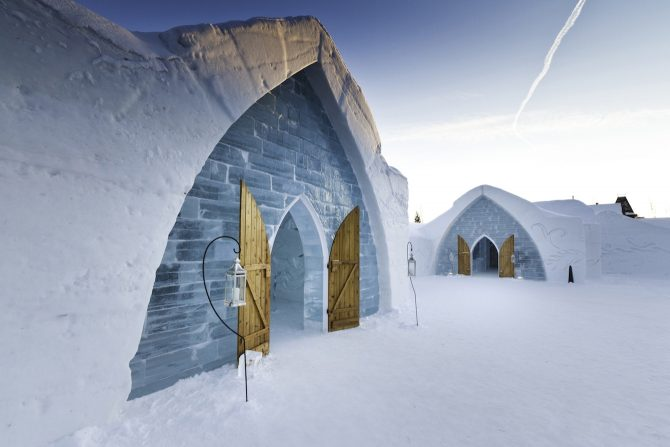 Weddings at Ice Hotel Credit Renaud Philippe